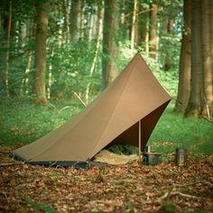Tschum 1P KAMA Bushcraft Camping, Ultralight Backpacking, Camping Survival, Outdoor Survival, Survival Skills, Backyard Camping, Tent Camping, Outdoor Camping, Outdoor Gear