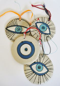 5 Clay Projects, Clay Crafts, Diy And Crafts, Evil Eye Charm, Ceramic Pendant, Fimo Clay, Hamsa Hand, Diy Christmas Gifts, Painted Rocks