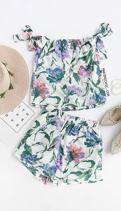 Flower Print Off The Shoulder Tie Sleeve Top With Shorts