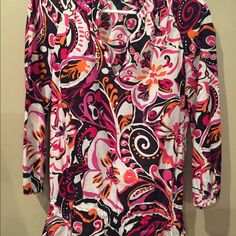Patterned Blouse Bright, floral cotton v-neck blouse. Looks great with black pants for work or black skinny jeans and boots/heels for a night out. Jones New York Tops Blouses