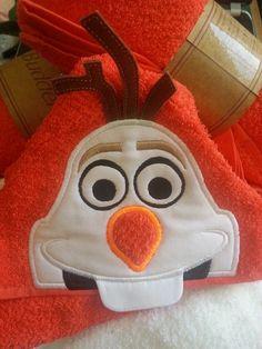 5x7 OLAF SNOWMAN HEAD FOR HOODED TOWEL Machine Applique Designs, Machine Embroidery Applique, Olaf Halloween, Olaf Costume, Olaf Snowman, Sewing Projects, Projects To Try, Hooded Towels, Embroidery Designs