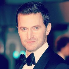 At The Hobbit: An Unexpected Journey, London Premiere, December Black And  White Fan Edit.