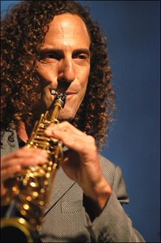 Kenny G. Love his smooth Jazz tones - ooooohhh yeah baby! Smooth Jazz Artists, Smooth Jazz Music, Sound Of Music, Music Is Life, Good Music, Instrumental, Kenny G, Contemporary Jazz, Top Albums