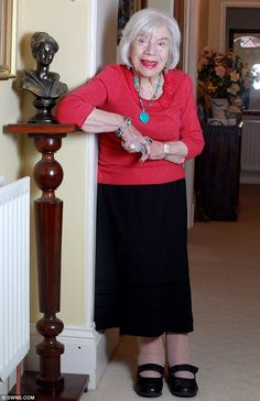 Glamorous granny: 100-year-old Marion Williams insists on being perfectly groomed each day, topped off with a spritz of her favourite perfume, Boudoir by Vivienne Westwood    Read more: http://www.dailymail.co.uk/femail/article-2100896/Marion-Williams-100-refuses-leave-house-make-perfect-hair.html#ixzz1mMRikn8g