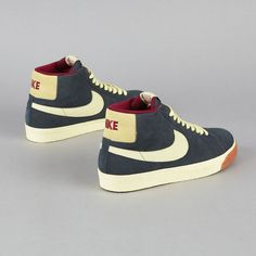Niiiiiice Nike SB's, with a bit retro look :D This is high on my wish list...