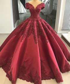 We can recreate this beautiful formal dress as shown or with any changes.  We are US dress designers who specialize in totally custom #weddingdresses that you can afford.  If your dream #weddingdress is way over your budget (or discontinued) we can help with that as well.  We now offer very close #replications of haute couture #dresses that will have the same overall look & feel but cost way less than a couture original.