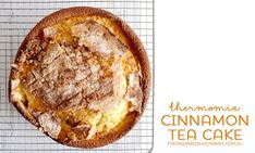 Easy Cinnamon Tea Cake A super quick and simple cinnamon tea cake in the Thermomix. A delicious buttery cake with a crust cinnamon top. Perfect for afternoon tea or after school Apple Tea Cake, Cinnamon Tea Cake, Biscuit Spread, Tea Cake Cookies, White Chocolate Recipes, Thermomix Desserts, Gateaux Cake, Homemade Cake Recipes, Tea Cakes