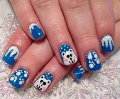 15 Festive Fingernails for the Christmas Season - 10. Snowflakes and Green Candy Canes