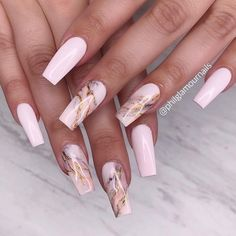 It's better to try marble nail designs. Simple black and white tones can make you look tasty and stand out from the many identical nails! Lime-and-white marble nail designs is like an ink lands Soft Pink Nails, Pink Manicure, Gel Nails, Coffin Nails, Marble Nail Designs, Cute Acrylic Nail Designs, Nail Art Designs, Nails Design, Marble Acrylic Nails