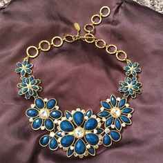 Necklace Amrita Singh Make your offer! Price in Amazon 70$, wore once. Perfect condition. Amrita Singh Jewelry Necklaces