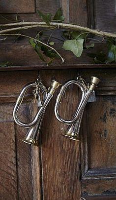 Silver trumpet - Plümo Ltd