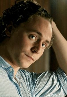 hiddles-huddles-cuddles: thetomhiddlestoneffect: tomhiddleston-gifs: Look at those curls, just look at them *stares* *watches curls pop-up repeatedly* Happy Magnus Monday! *a phone rings in the distance* #a phone rings in the distance