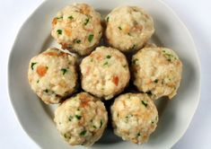 German cuisine Klöße or Kartoffelknödel, in Germany and Austria called Knödel(n) are big round poached or boiled potato or bread dumplings, made without… Patisserie Fine, Bread Dumplings, Austrian Recipes, German Recipes, Austrian Food, Good Food, Yummy Food, Albondigas, Germany