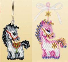 Schémas chevaux Noël | biser.info - Tout sur les perles et les Ouvrages de perles
