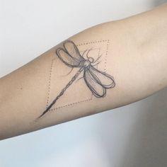 #ilustrador #ilustração #carinacaiê #tattoo #tatuagem #tatuaje #dots #botanica #pontilhismo #Ink #inktattoo #nomadesdigitais #sampa #Brasil #oldschool
