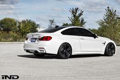 BMW M4 Mineral White build