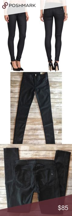 "Rag & Bone / Jean The Legging in Shore Ditch 61% cotton , 34.5% poly , 4.5% lycra 12"" in the knee narrows to 10"" at the leg opening Faux front pockets Revolve Style No. RAGA-WJ36 Manufacturer Style No. W1503I585  Rise approx 8"" Inseam 29"" rag & bone Jeans Skinny"