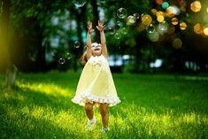 Dans la suite de cet article,nous allons vousprésenter8 manières différentes de faire ressortir l'enfant intérieur que nous avons tous en nous.