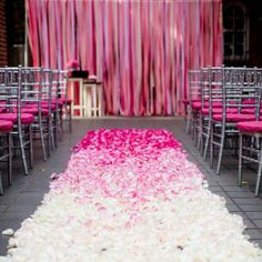 Trend we love: ombré ceremony aisles! Get gorgeous inspiration here. (photo: Liz and Ryan)
