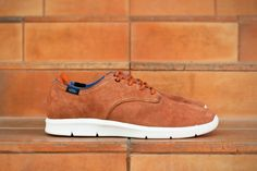 Vans OTW 2013 Spring Surveyor Pack Prelow : A first glimpse of the Vans OTW Prelow has surfaced, part of the line's upcoming Surveyor Pack. Brown Sneakers, Vans Sneakers, Shoes 2014, Southern Style, Shoe Game, Stylish Outfits, Casual Shoes, Men's Shoes, Footwear