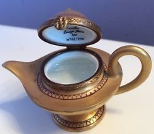 Aladdin's Lamp Limoges France Trinket Box Beautifully Hand Painted & Signed