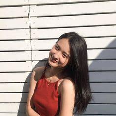 Korean Girl Photo, Cute Korean Girl, Cute Girl Photo, Girl Pictures, Girl Photos, Teen Girl Poses, Asian Model Girl, Instagram Pose, Instagram Quotes