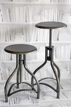 Metal Adjustable Swivel Bar Stool