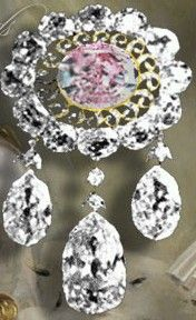 Pink Diamonds of the Russian Crown Jewels - Romanov Brooch