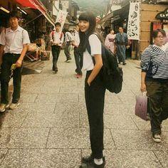 まってよ、、、 このスタイルめっちゃこのみ!!! 黒いすとーんてしたぼとむほしーなー #小松菜奈 #こにちゃんず#モノトーン#モデル#女優#黒髪ロング#えまなな