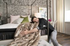 Jonathan Scott's Tips For Styling a Sexy Bedroom | POPSUGAR Home