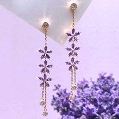 Ear Jewelry, Cute Jewelry, Jewelery, Jewelry Accessories, Jewelry Design, Wedding Accessories, Fancy Earrings, Purple Earrings, Beaded Earrings