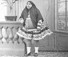 Эта иранская принцесса по имени Анис-аль-Долех имела 145 любовников, 13 из которых покончили жизнь из-за ее отказа | KaifZona.Ru
