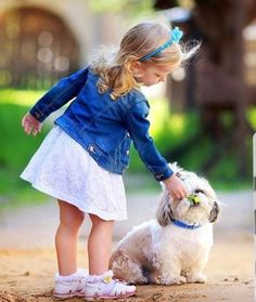 This adorable puppy could make you do anything with those big beautiful blue eyes, and right now he wants some yummy treats to fill his cute tummy Dogs And Kids, Animals For Kids, Baby Animals, Cute Animals, Precious Children, Beautiful Children, Shih Tzu, Beautiful Blue Eyes, Girl And Dog