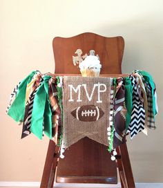 What a perfect high chair banner for my little boy! Found on Etsy! Football High Chair Banner/MVP/Cake Smash/First Birthday Photo Shoot Prop/Sports Fall Boy Tailgate Theme/Party Decor/One Year Old Boy/Custom Football First Birthday, Sports Themed Birthday Party, 1 Year Old Birthday Party, Boys First Birthday Party Ideas, Birthday Themes For Boys, Baby Boy First Birthday, Fall Birthday, First Birthday Photos, Boy Birthday Parties