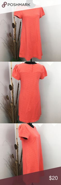 """Maeve Anthropologie Salmon Pink Shift Casual Dress This is a cute dress. Please note the flaws and refer to last picture. ❤Slight spot stains at the front side toward the bottom side. Refer to last picture❤ If you googled """"Medium Salmon Pink"""", that is the best match to describe the color.  It might vary due to your monitor screen.   Size label is M Measurements provided are taken flat, might be off couple inches: Length: 34 1/4 Armpit across: 17  Stock BB Anthropologie Dresses Mini"""