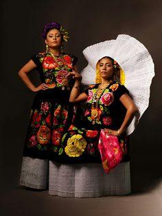 traje de tehuana, uno de los más hermosos trajes típicos del mundo