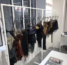 Nyc Fashion, Fashion Models, Fashion Design, High Fashion, Travel Fashion, Student Fashion, School Fashion, Nyc Life, Looks Vintage