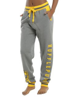 Harry Potter Hufflepuff Girls Jogger Pants, Source by lisakoplin Harry Potter Style, Harry Potter Cast, Harry Potter Outfits, Harry Potter Shirts, Harry Potter Characters, Harry Potter Universal, Harry Potter Fashion, Harry Potter Clothing, Sweatpants Outfit