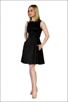 Carolina Alvo - a new brand for petite women