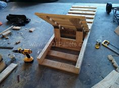 10 600x444 Pallet Lounger in pallet lounge pallet furniture with pallet Lounge Garden Chair