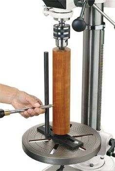 Woodstock Lathe Attachment for Drill Press - Perform vertical spindle turning on your multi-speed drill press with this Lathe Attachment. Easy setup means quick change over from drill press mode to lathe mode. A tool rest allows a maxim by celia Woodworking Lathe, Woodworking Techniques, Woodworking Projects, Woodworking Skills, Popular Woodworking, Learn Woodworking, Woodworking Videos, Woodworking Organization, Japanese Woodworking