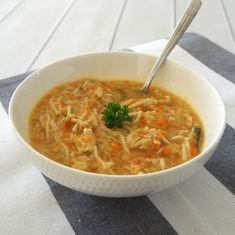 Looking for the perfect winter comfort food? Our Thermomix Chicken Noodle Soup recipe is for you! When I think about classic winter recipes, Chicken Noodle Soup is one of the first recipes which comes to Chicken Corn Soup, Chicken Noodle Soup, Noodle Soups, Soup Recipes, Chicken Recipes, Cooking Recipes, Recipes Dinner, Recipies, Dinner Ideas
