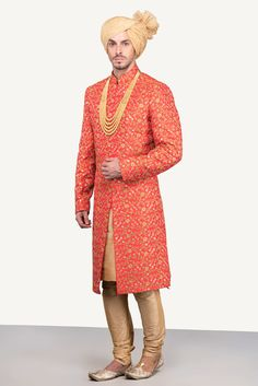 Oshnaar Red Embroidered Sherwani With Golden Chudidar Mens Indian Wear, Mens Ethnic Wear, Indian Groom Wear, Sherwani Groom, Mens Sherwani, Wedding Sherwani, Groom Outfit, Groom Attire, Indian Dresses