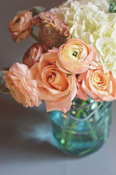 floral photography via The Weaver House, florals by www.thegreendandelion.blogspot.com