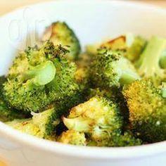 Brócolis assado com alho e limão @ allrecipes.com.br