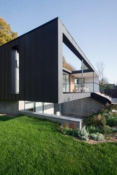 CF Møller's Villa R features a sunken floor for the clients' children