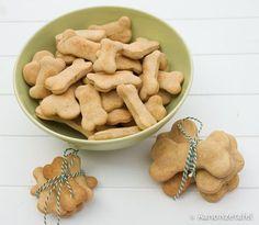 Hondenkoekjes zelf bakken - Aan onze tafel