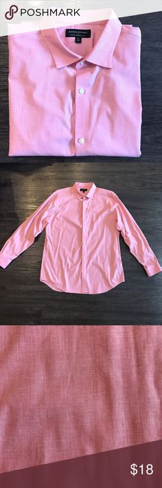 Banana Republic Coral Button Down Stretch Tailored Slim Fit. Like new condition. Color is a pink/Coral color. Looks good in spring/summer. Banana Republic Shirts Casual Button Down Shirts