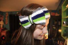 Crochet Seahawks 12th Man Bow Headband   https://www.etsy.com/listing/182604100/crochet-seahawks-headband-with-bow12th