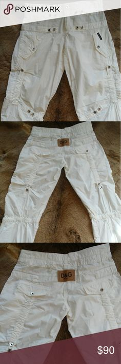 Dolce & Gabbana Cargo Pants Amazing White Dolce & Gabbana Cargo Pants Size 26 Inseam 34 Condition Excellent - new without tags Dolce & Gabbana Pants